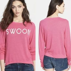 Wildfox Slouchy graphic crew neck sweater pink s